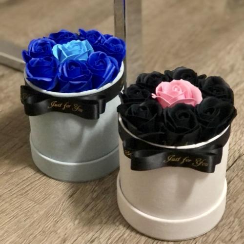 Biely sametový kvetinový box - veľ.S