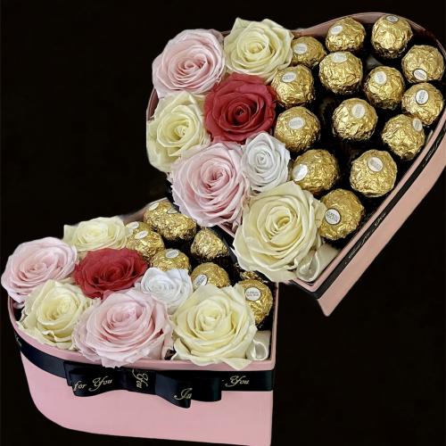 Lososové srdce s trvácnymi ružami a pralinkami
