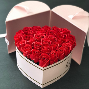Flower box Red Love
