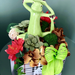 Flower box Yoga Frog