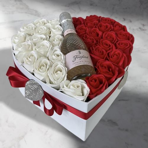 Luxusné kvetinové srdce s talianskym Rosé
