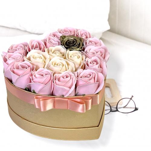 Luxusný zlatý box so zlatou ružou Clara